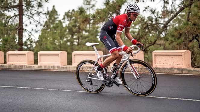 """Foto. Alberto Contador a devenit tată pentru prima dată: """"Cel mai important triumf al meu"""""""