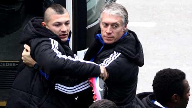 """VIDEO/ GARCEA în acţiune! Poliţia a săltat un jucător de la FC U în parc: """"V-a trimis coana Olguţa?!"""""""