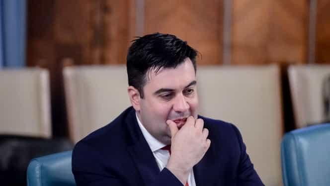 Ministrul Transporturilor, Răzvan Cuc, accident grav în București! A fost internat după ce și-a rupt mâna. Update