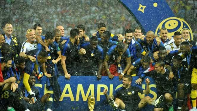 Cupa Mondială, în pericol! Un francez era să o scape din mână