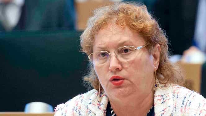 Cine este Renate Weber, noul Avocat al Poporului, în locul lui Victor Ciorbea. Cum i-a luat fața lui Peter Eckstein-Kovacs