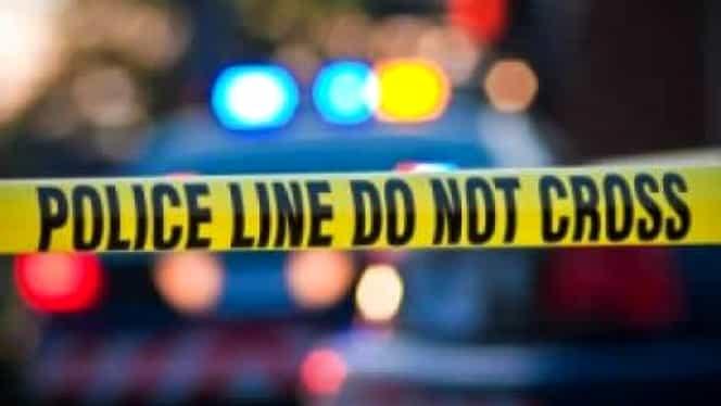Bărbat ucis de propriul fiu în timp ce era în videconferință cu alte 20 de persoane