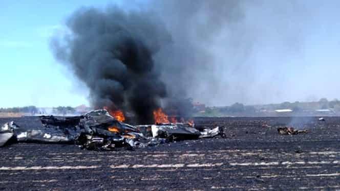 Avion prăbuşit în Turcia. Două persoane şi-au pierdut viaţa