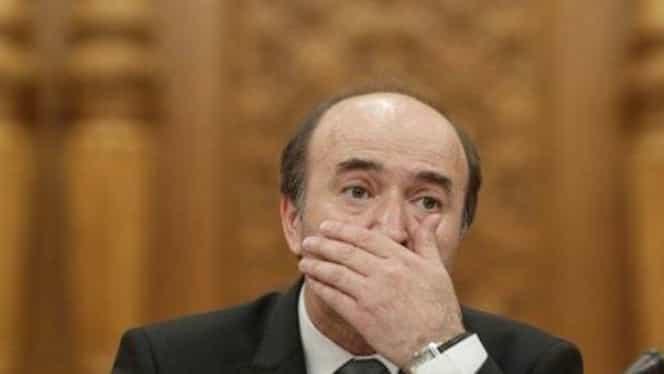 Tudorel Toader a ajuns de urgență la spital! Ce a pățit ministrul Justiției