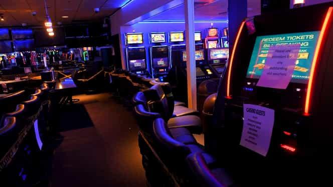 Când se deschid cazinourile și casele de pariuri? Anunțul făcut de un consilier guvernamental. Exclusiv
