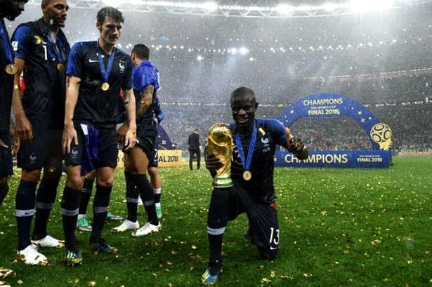 Ngolo Kante a fost unul dintre cei mai buni jucători ai Franței, dar i-a fost rușine să pozeze cu trofeul