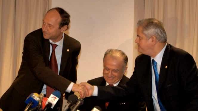 Adrian Năstase l-a bătut pe Traian Băsescu în scara blocului. Totul a plecat de la faptul că fostul președinte al României era băut