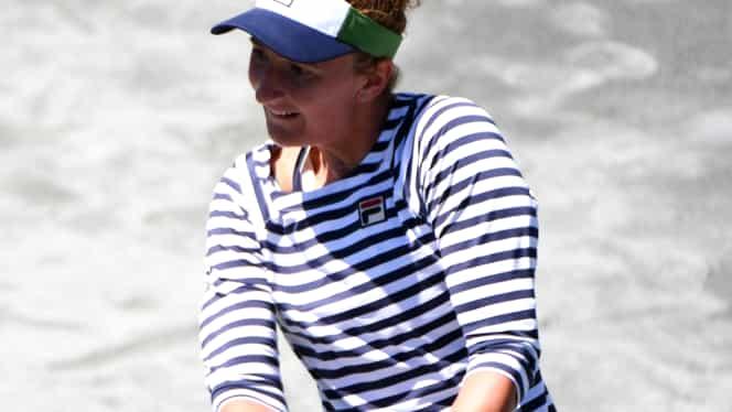 Irina Begu s-a calificat fără emoţii în turul doi la Charleston! Urmează o nouă adversară facilă
