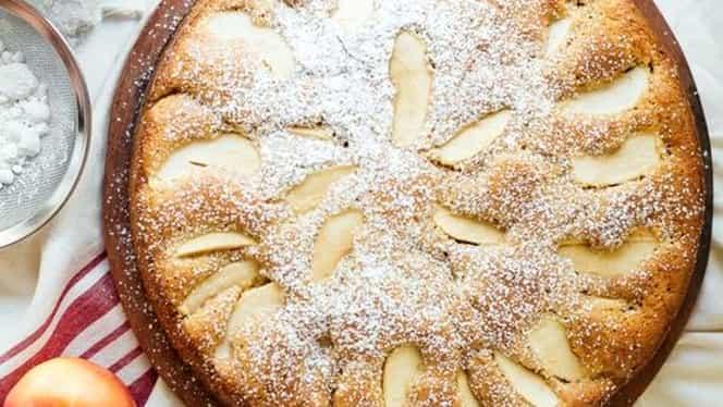 Tartă de toamnă cu mere și pere. Rețetă de inspirație elvețiană