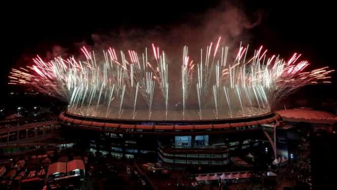 GALERIE FOTO. Spectacol la festivitatea de închidere a Jocurilor Olimpice! Cele mai tari imagini de la ceremonie
