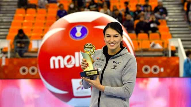 """Cristina Neagu a primit trofeul de cea mai bună handbalistă din lume în 2018! Românca, a 4-a distincție în carieră: """"Nu sunt Messi sau Ronaldo. Am identitatea mea"""""""