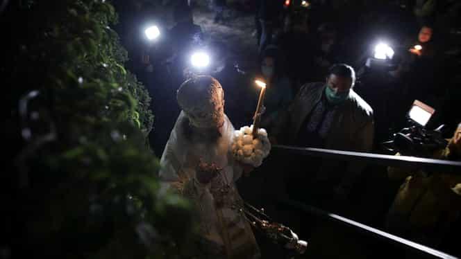 """Radu Banciu îl ironizează pe ÎPS Teodosie, după slujba de Înviere cu repetiție: """"Bă, eu aș vrea să trag un pic Crăciunul mai spre vară, întrucât s-ar putea să nu-l mai apucăm"""""""