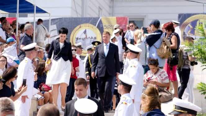 Klaus Iohannis a mers în SUA fără Carmen Iohannis. Cine este Delia Dinu, femeia care l-a însoțit pe președintele României la întâlnirea cu Donald Trump