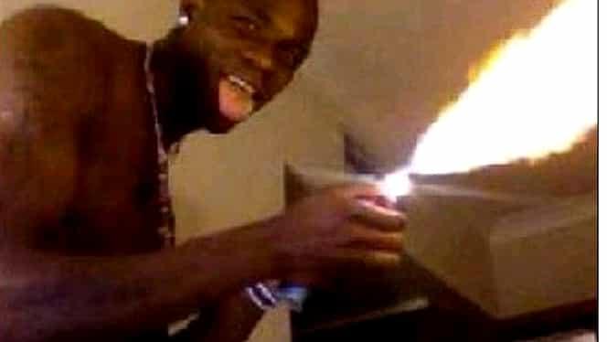 RUINĂ! Au apărut primele imagini cu locuinţa lui Balotelli, incendiată accidental de italian în 2011!