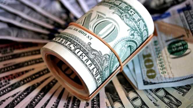 Un grup de români, fraudă de 33 de milioane de dolari în SUA. Cum își înșelau victimele