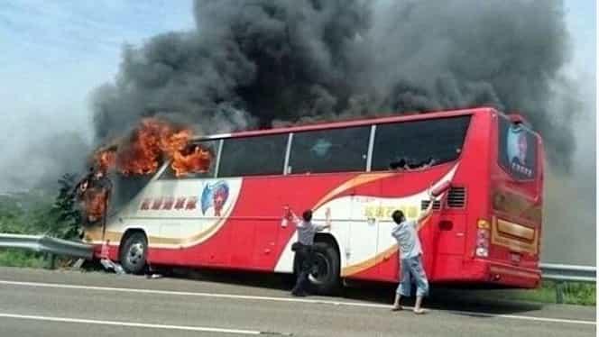 Coşmar într-un paradis turistic. 26 de oameni au murit într-un cumplit accident de autocar