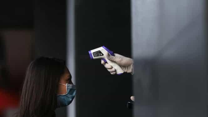 Un medic pneumolog atrage atenția asupra purtării măștii de protecție. Recomandare pentru pacienții cu probleme respiratorii