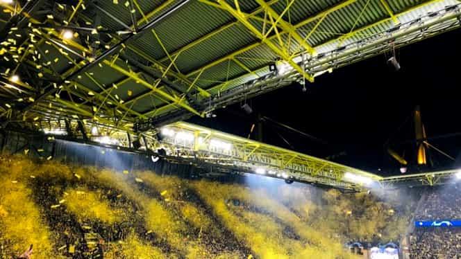 """Coregrafie de senzaţie înainte de Borussia Dortmund – Barcelona! """"Zidul Galben"""" a făcut spectacol! Video"""