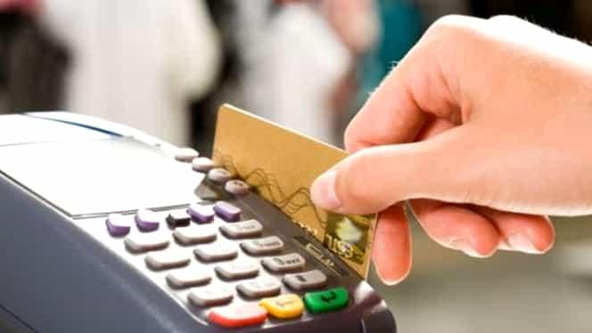 ANAF renunţă să ceară toate datele celor care fac cumpărături cu cardul