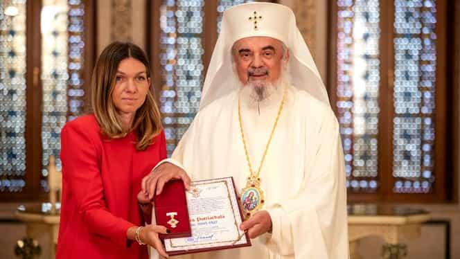 Simona Halep, decorată de Patriarhia română. Klaus Iohannis va face acelaşi lucru astăzi