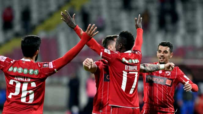 Mamoutou N'Diaye, următorul fotbalist al lui Rednic care pleacă de la Dinamo! Papazoglou are hârtie de reziliere + care e situaţia lui Aliji. EXCLUSIV