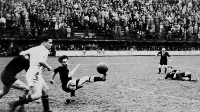 Cea mai nebună finală de Cupa României din istorie! Au jucat 450 de minute în patru meciuri, iar trofeul a fost acordat după şapte luni