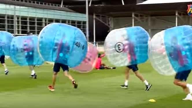 VIDEO. Distracţie la antrenamentul Barcei! Messi, Suarez şi Neymar, fotbal în balon!