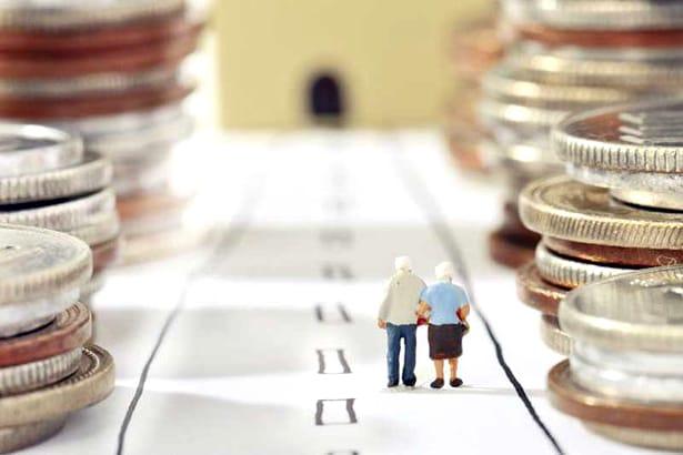 Crește vârsta pentru pensionare, iar veniturile pentru pensionarea anticipată scad!