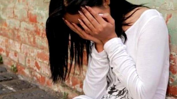 Violată după ce a sunat la 112 ca să ceară ajutor! Violată