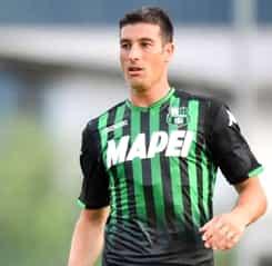 Surpriză în Italia: ce echipă ia cei mai mulţi bani din sponsorizarea de pe tricouri!