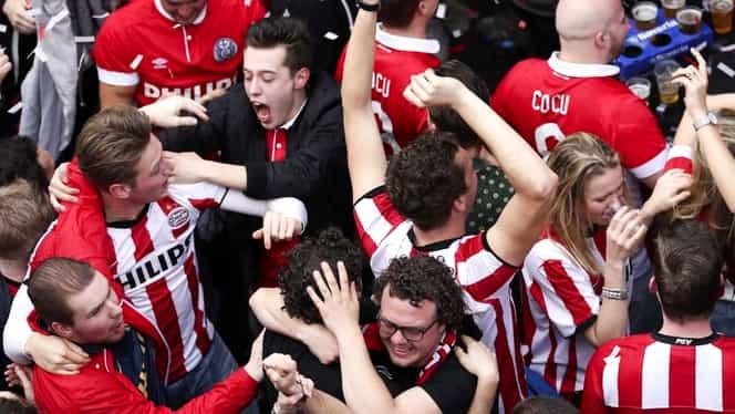 PSV, un nou titlu în Eredivise! Trupa lui Cocu a spulberat Ajax şi a sărbătorit un nou titlu