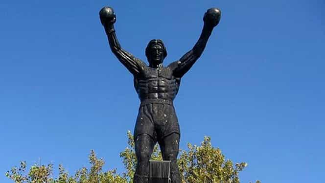 Povestea fabuloasă a satului Zitişte, locul unde s-a născut Radomir Antic! Cum a ajuns statuia lui Rocky în Banatul Sârbesc. Video