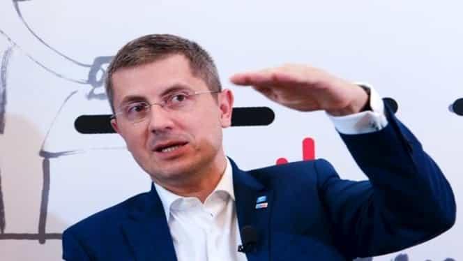 """Dan Barna, replică dură pentru Traian Băsescu! """"Are un tupeu special când acuză USR că e partid neomarxist. Aici nu o să găsiţi nici comunişti, nici securişti"""""""