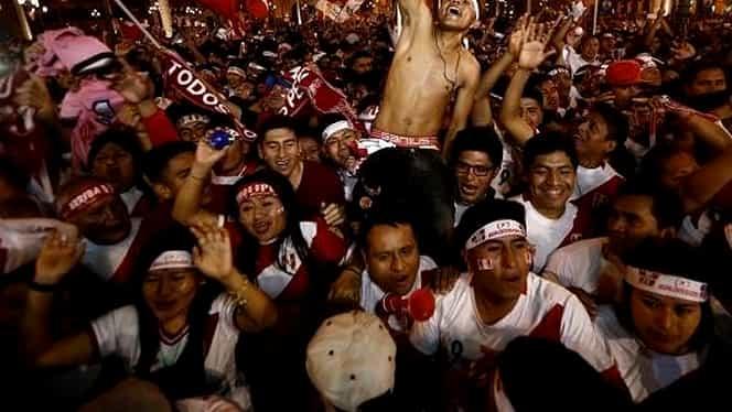 Galerie foto. 17 imagini geniale cu bucuria unor fani! Maradona apare şi el