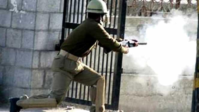 Atac armat în India: 12 morţi şi 15 răniţi