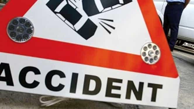 Accidente în lanţ pe Autostrada Soarelui. Au fost implicate 12 maşini. Traficul, îngreunat