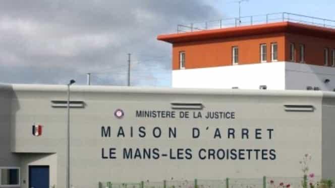 ALERTĂ în FRANŢA: Luare de ostatici într-o închisoare