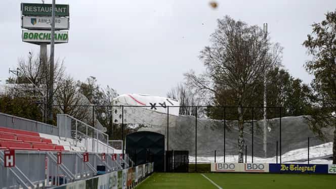Vîntul a distrus balonul lui Ajax