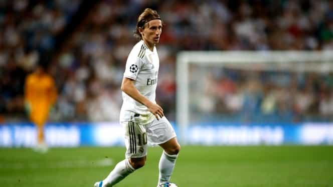 """Primul """"11"""" al celor mai buni jucători din Europa liberi de contract în 2020. Balonul de Aur, Luka Modric, sau starul lui PSG, Edinson Cavani, printre ei"""