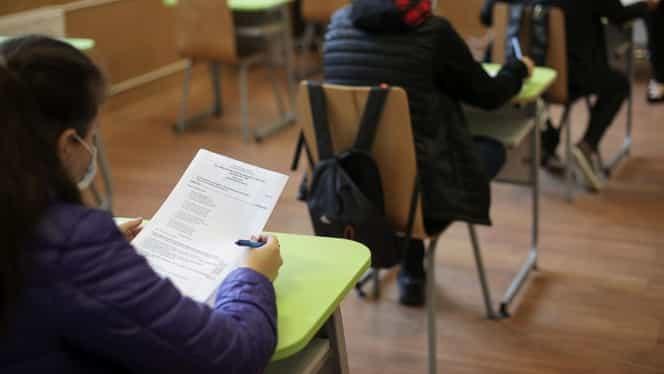 Elevii din ani terminali s-au întors la școală. Câţi au participat la cursurile de pregătire pentru examenele naţionale