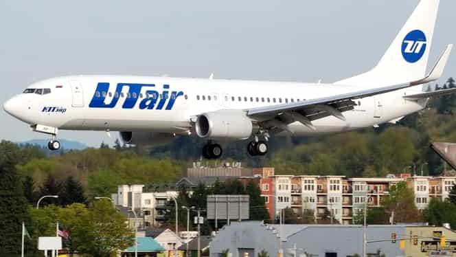 Un avion Boeing 737 al UTair a aterizat de urgenta la Sankt Petersburg
