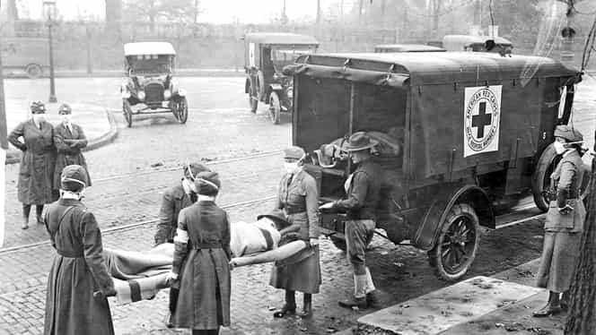 Tratamentele barbare la care erau supuşi pacienţii cu gripă spaniolă. Clorul gazos şi clismele, printre cele mai căutate