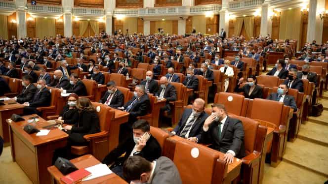 Bugetul pe 2021, dezbătut de Parlament. Aviz favorabil pentru SPP și STS. Update