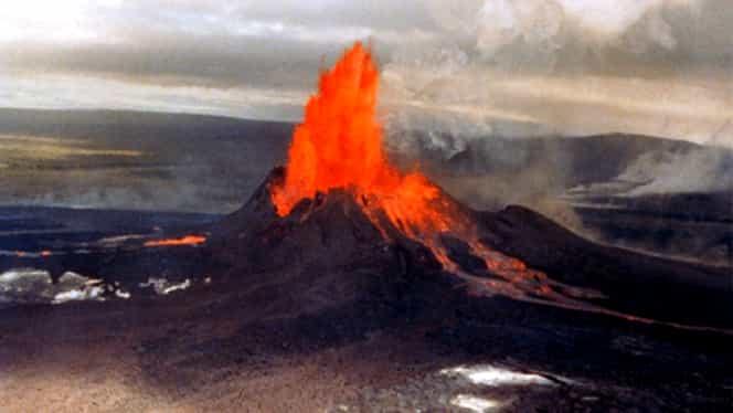 Un alt vulcan a ERUPT! Autorităţile sînt în ALERTĂ