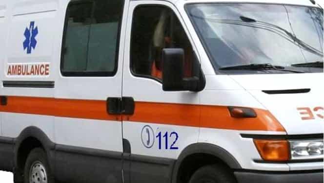 Accident grav pe DN7. Patru persoane au fost rănite, după ce s-au răsturnat cu maşina