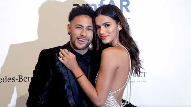 Ce a ratat Neymar! Bruna Marquezine, fosta iubită a brazilianului, este cea mai bine plătită actriţă în 2019! Are o avere de 185 milioane de dolari! Foto