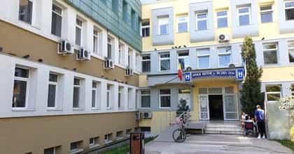 """Un medic de la Spitalul Județean Deva face acuzații grave: """"Ne-au ținut împreună bolnavi de coronavirus cu sănătoși"""""""