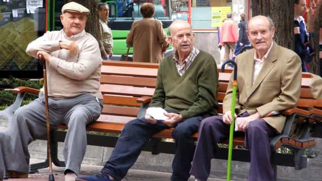 Veşti pentru toţi pensionarii! De la 1 septembrie, pensiile vor fi mărite cu 15%