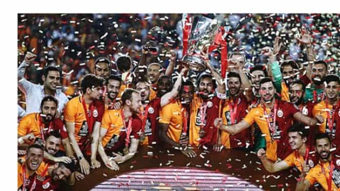 VIDEO. Galatasaray a cîştigat Supercupa Turciei după un meci nebun cu Beşiktaş