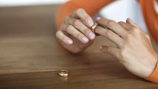 Guvernul scumpeşte DIVORŢUL